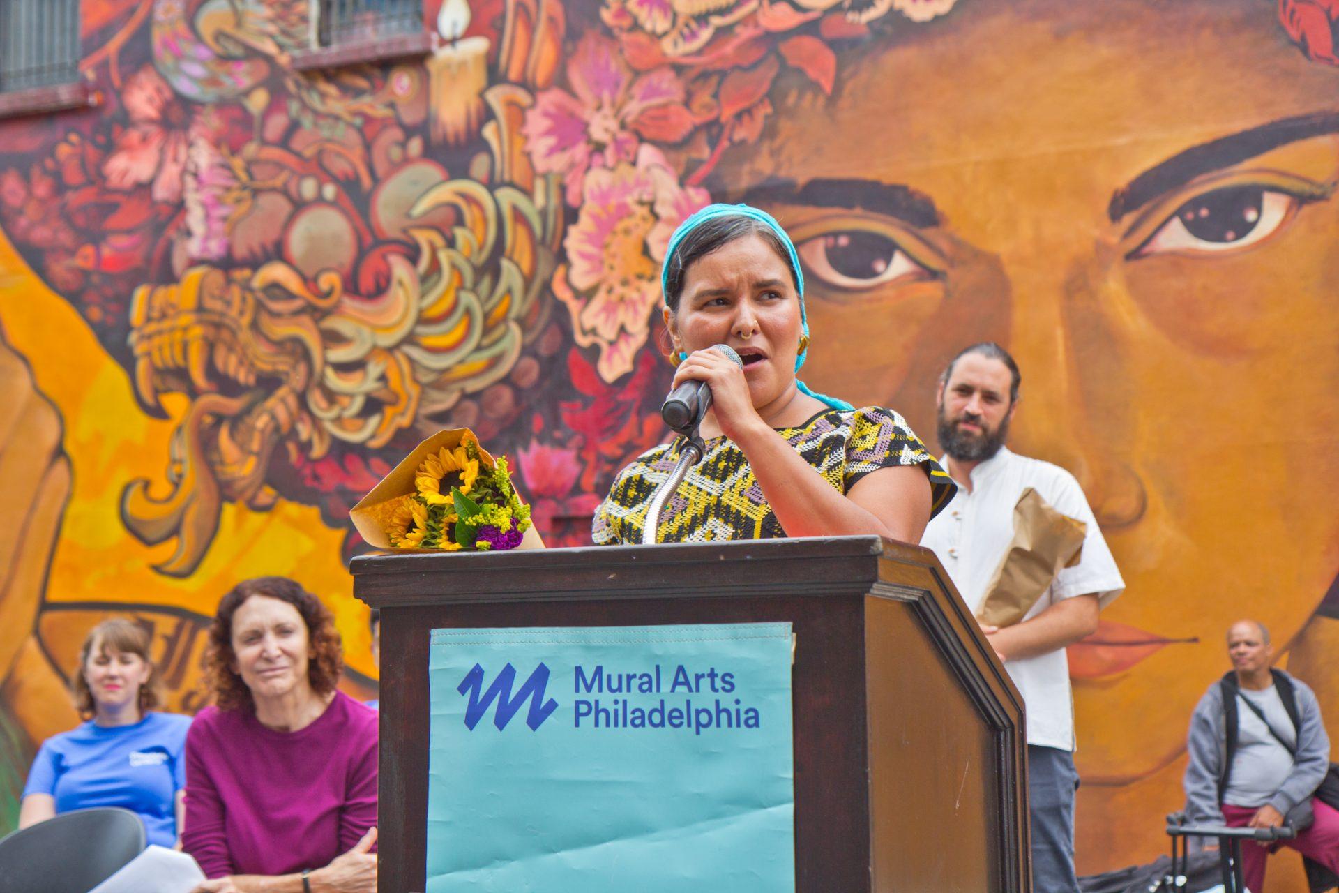 Artist Betsy Casañas
