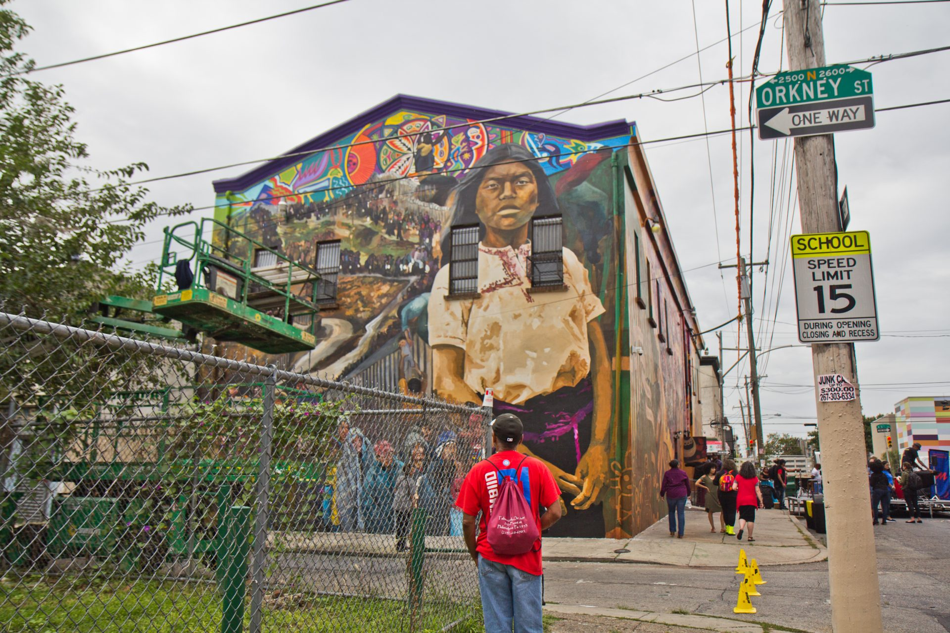 Sanctuary City, Sanctuary Neighborhood mural