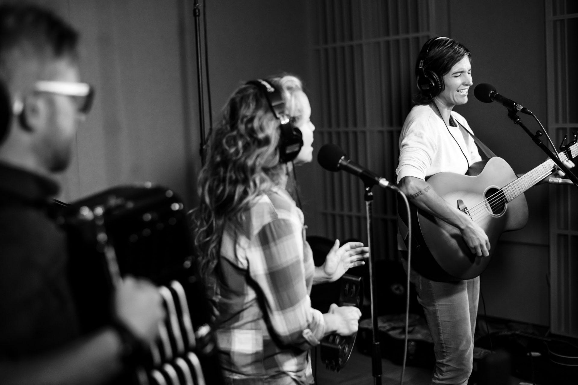 Jason, Jenn and Sarah performing