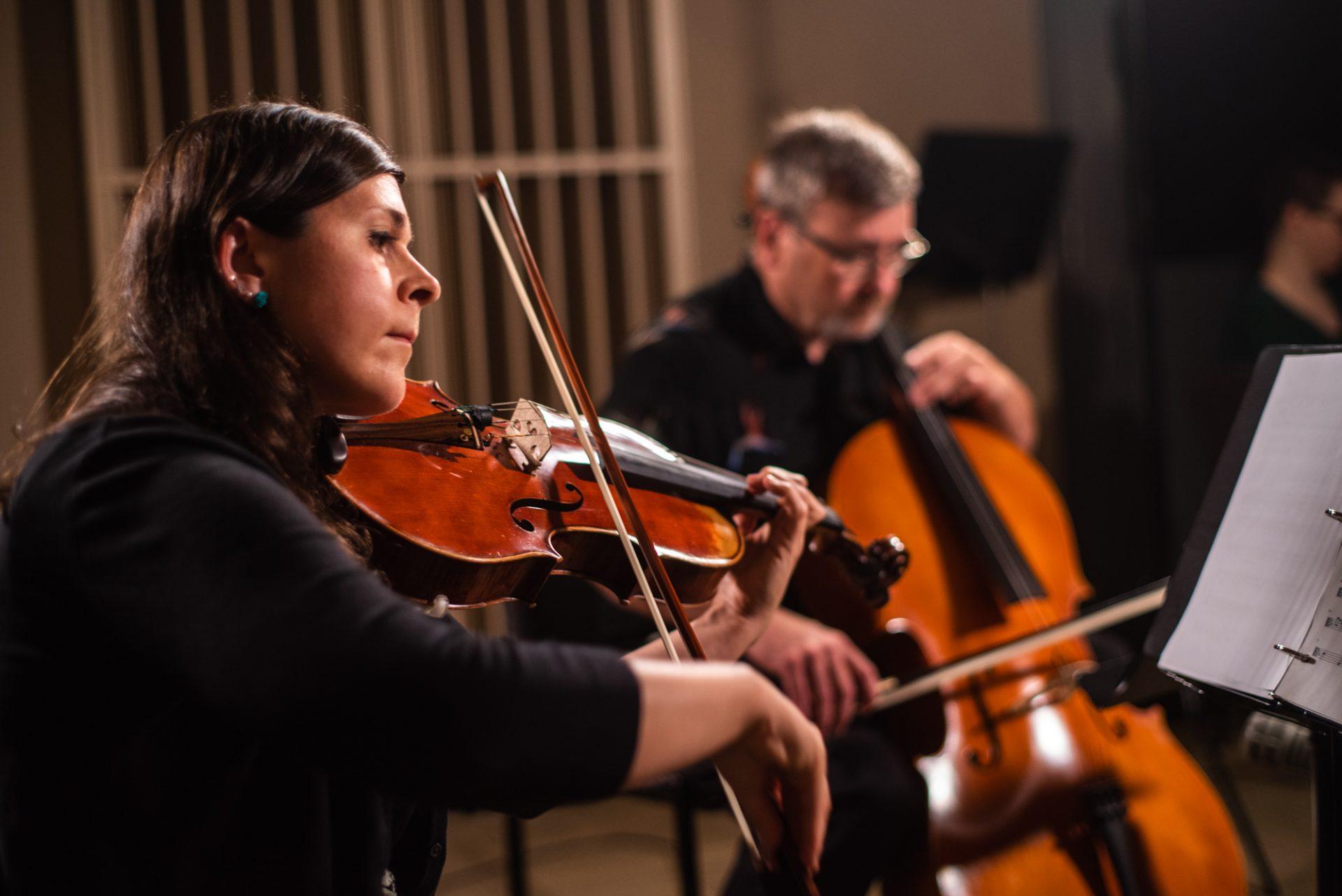 Marie Valigorsky performing