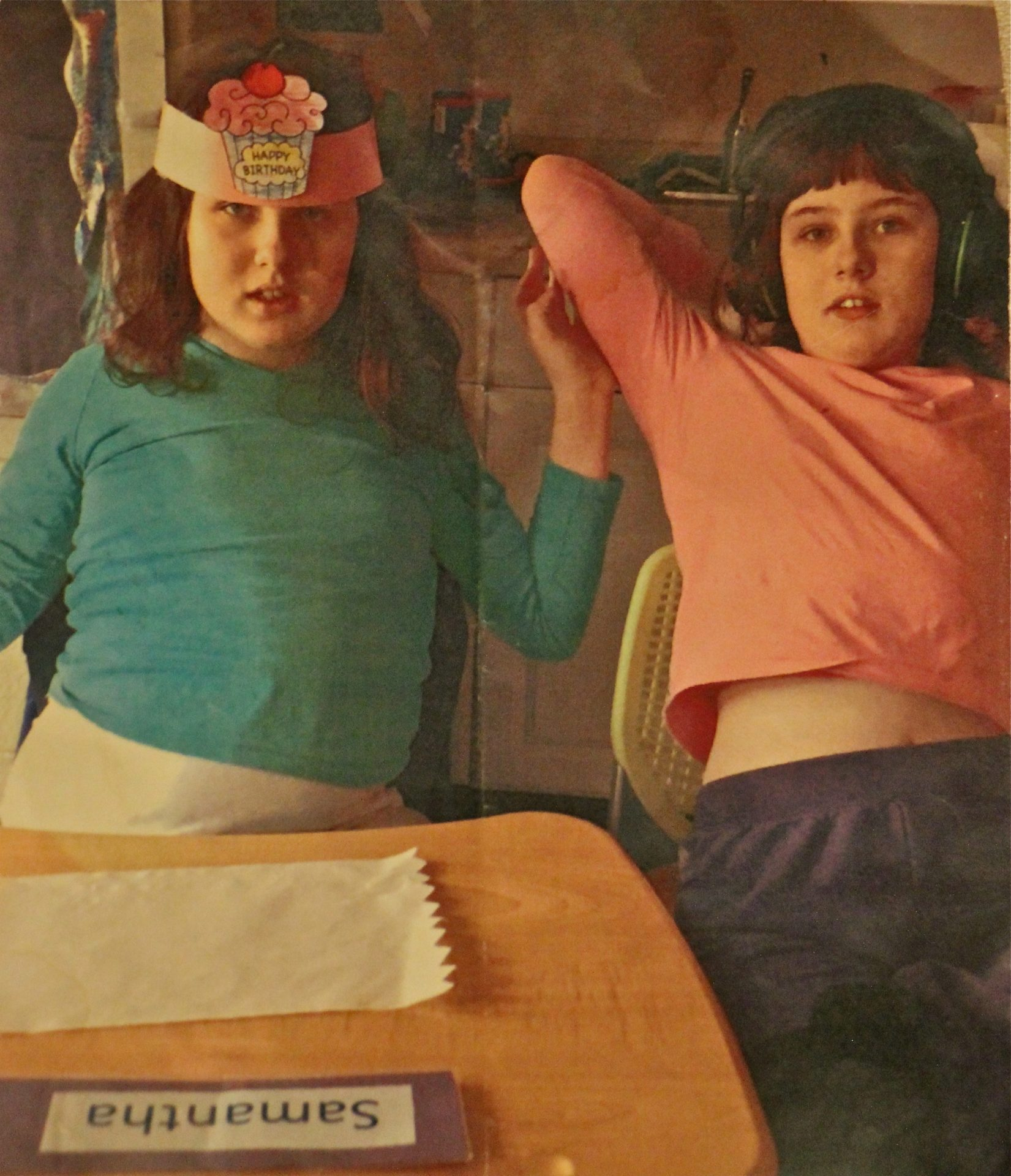 Olivia McCann (right) and her twin sister, Samantha.