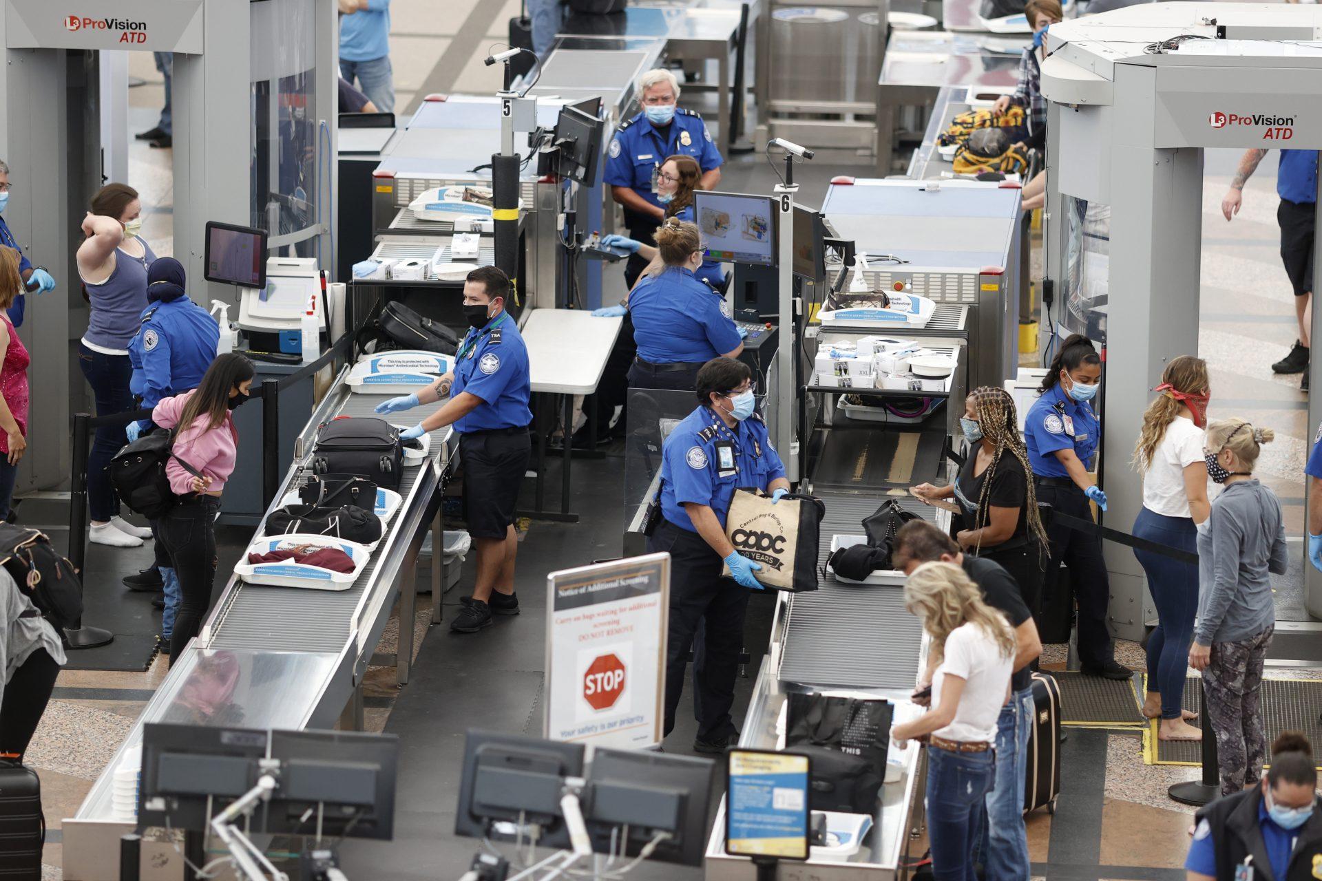 Whistleblower: TSA failed to protect staff, endangered passengers ...