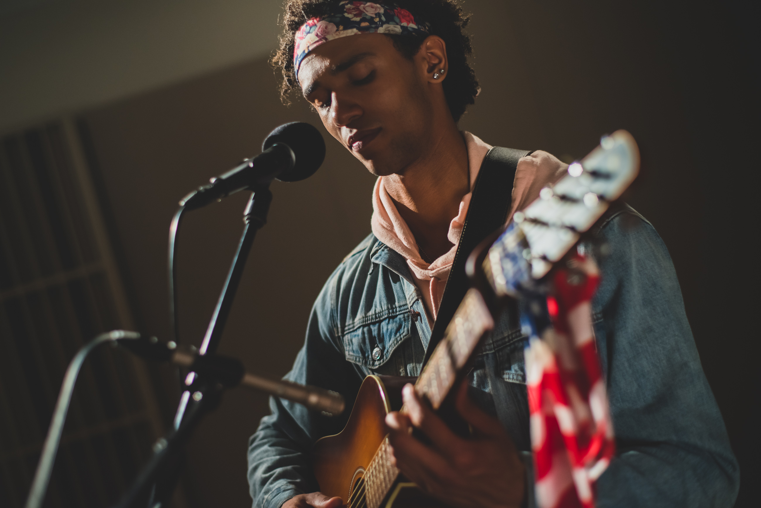 Cory Dandy performing in the WITF Music studio.