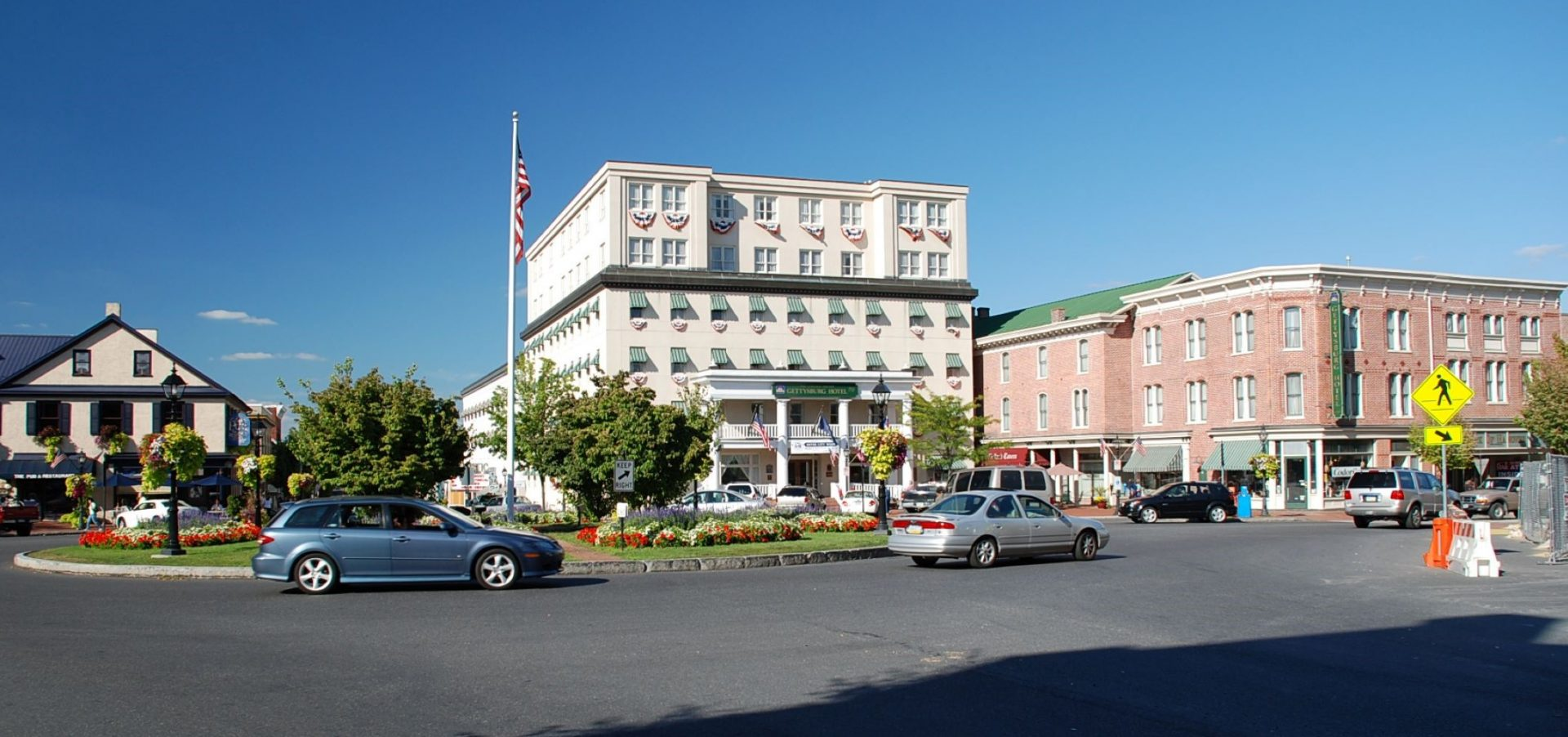 Traffic moves through the square in downtown Gettysburg.