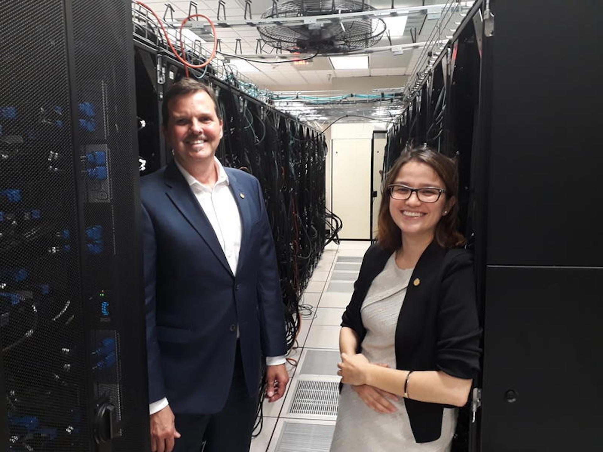 Chief Scientist Nick Nystrom (left) and Paola Buitrago, director of artificial intelligence and big data, of the Pittsburgh Supercomputing Center.